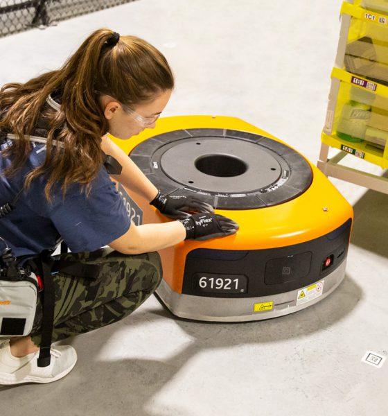 Amazon gilets robots
