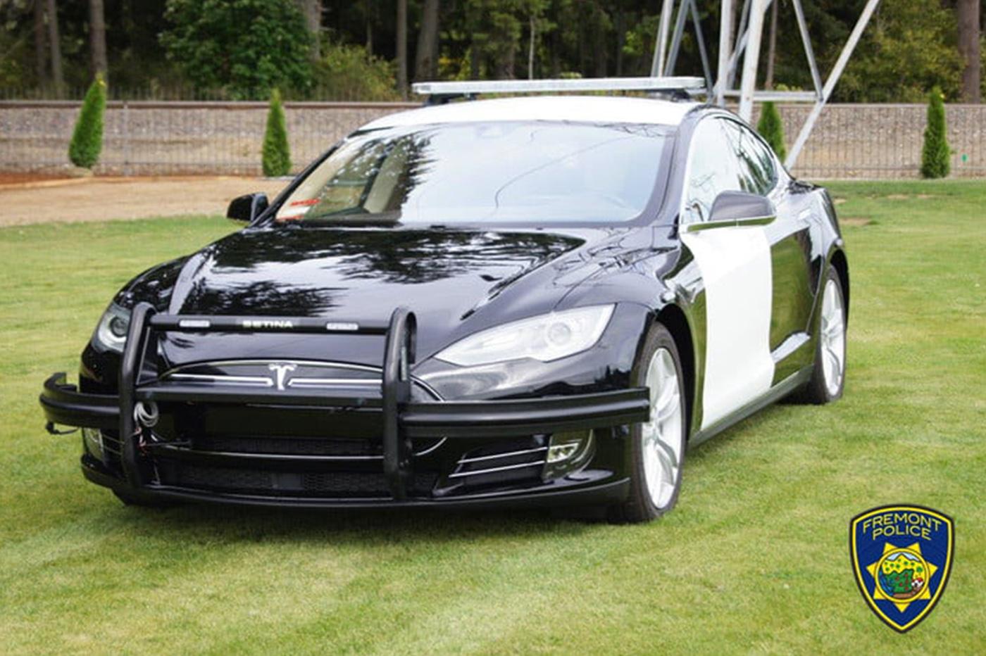 Tesla Model S police