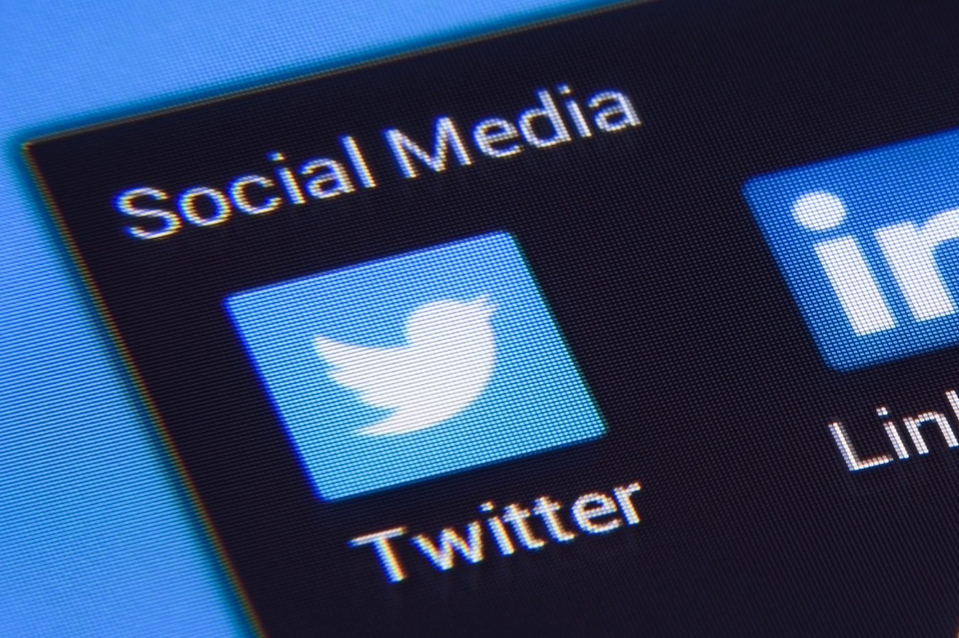 Twitter s'apprêterait à frapper fort contre la désinformation