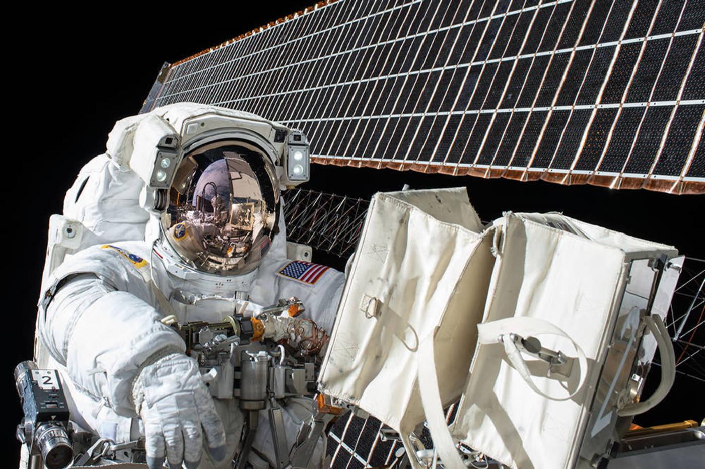 Une ferme solaire dans l'espace