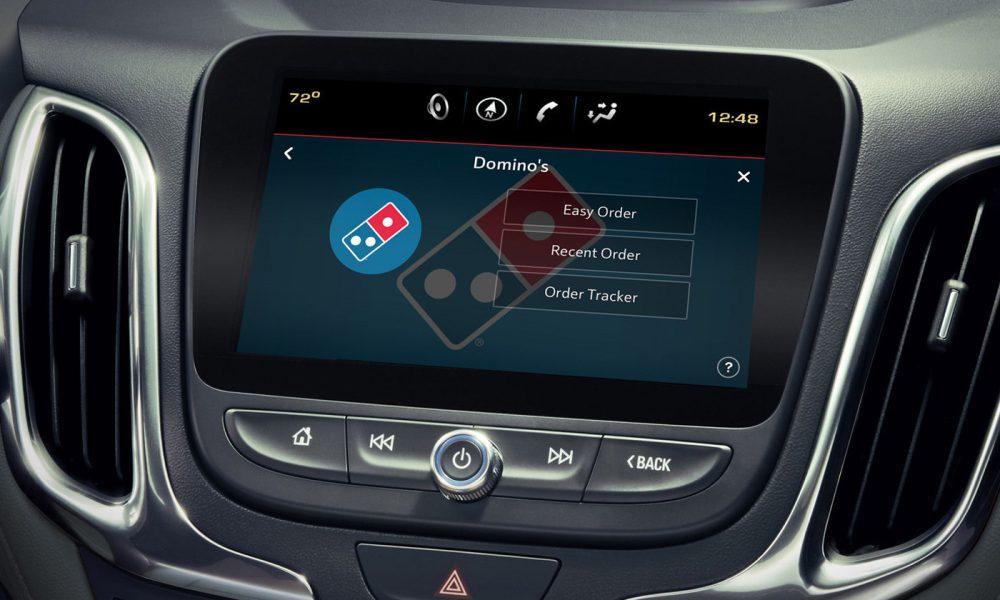 Dominos-Pizza-Car