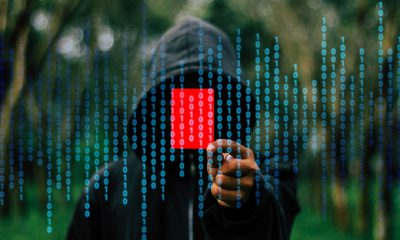 Hacker, anonyme, pirate, carton rouge, sanction, code binaire
