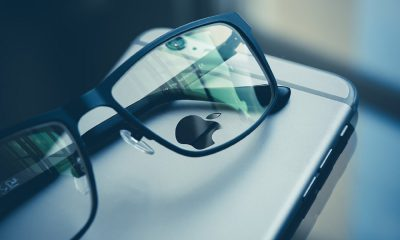 Un iPhone et des Lunettes (Apple)