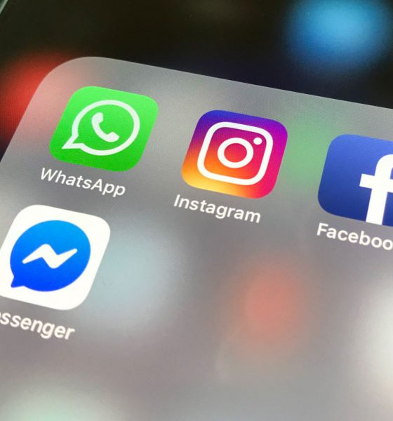 Réseau social Facebook WhatsApp