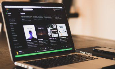 Spotify Apple