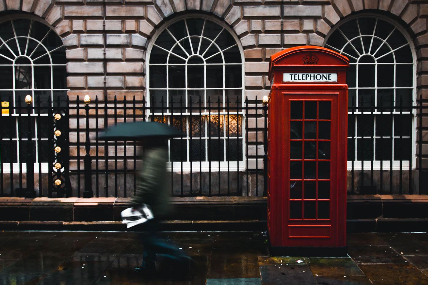 Cabine téléphonique anglaise