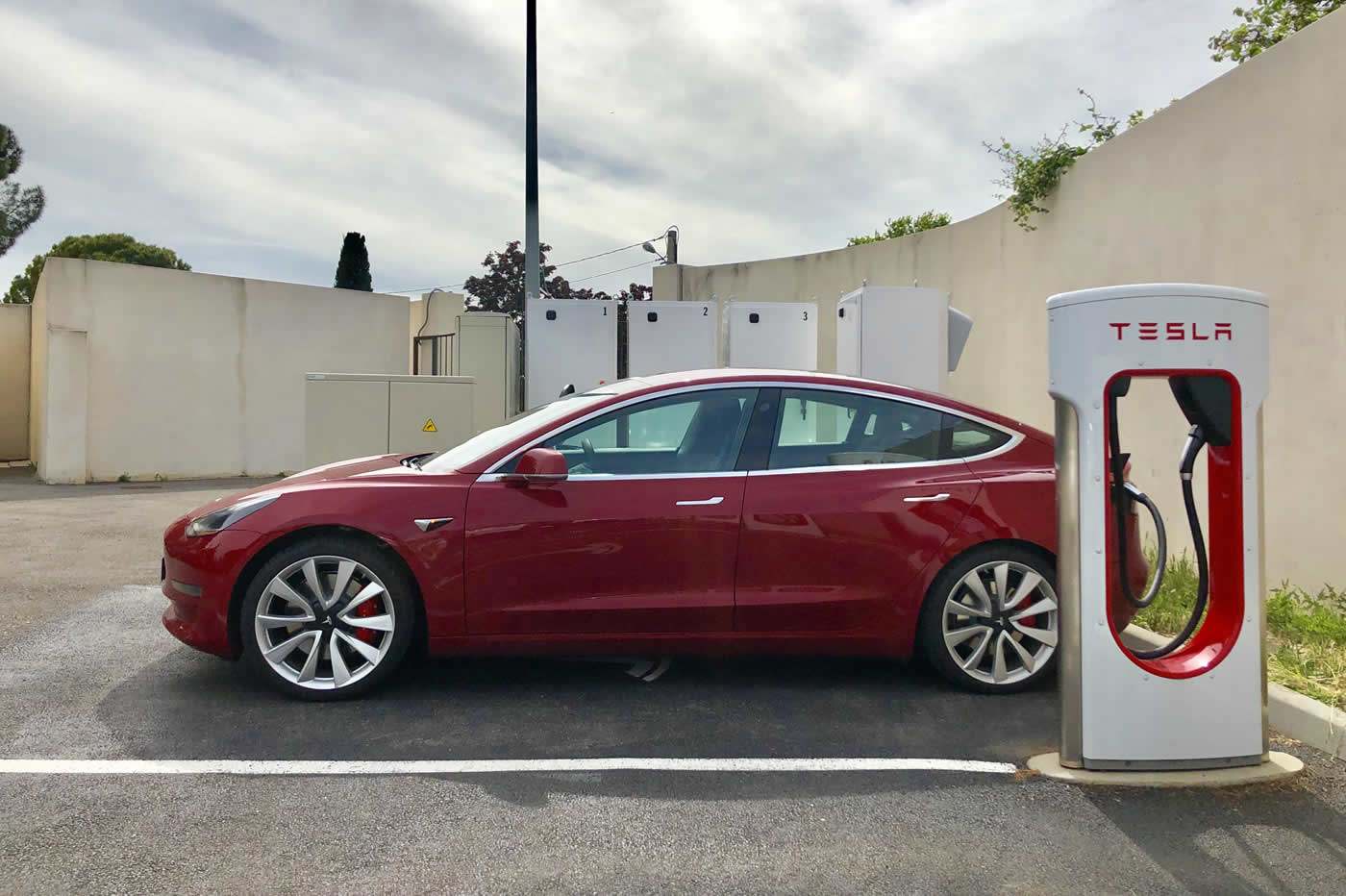 Tesla Model 3 Performance Superchargeur