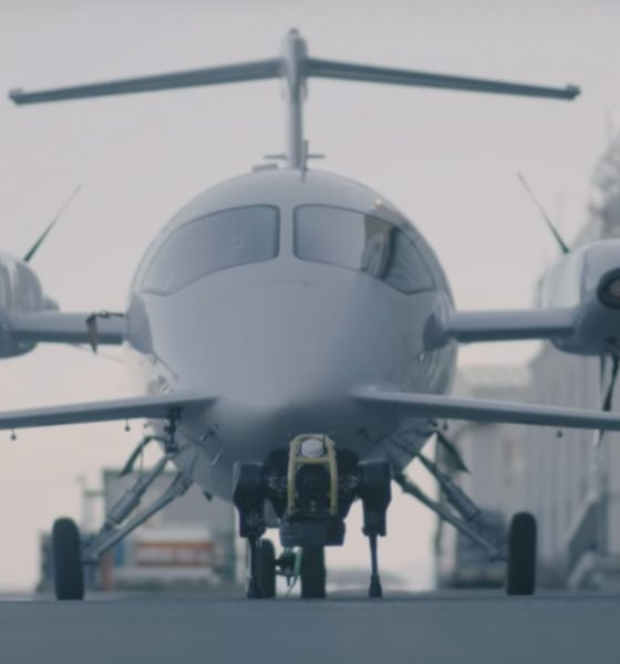 Chien robot avion