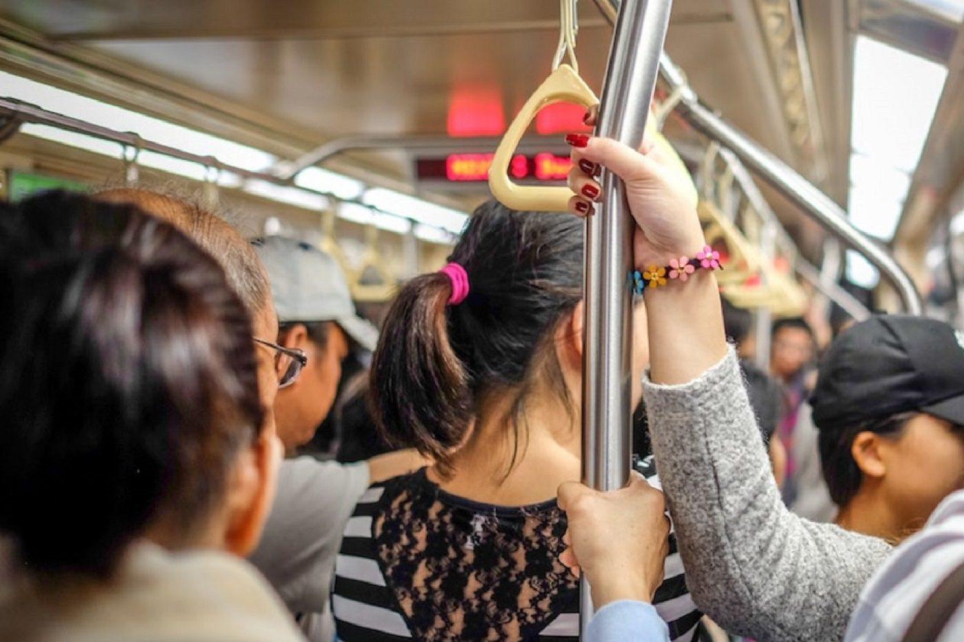 Japon : un application pour dénoncer les frotteurs du métro