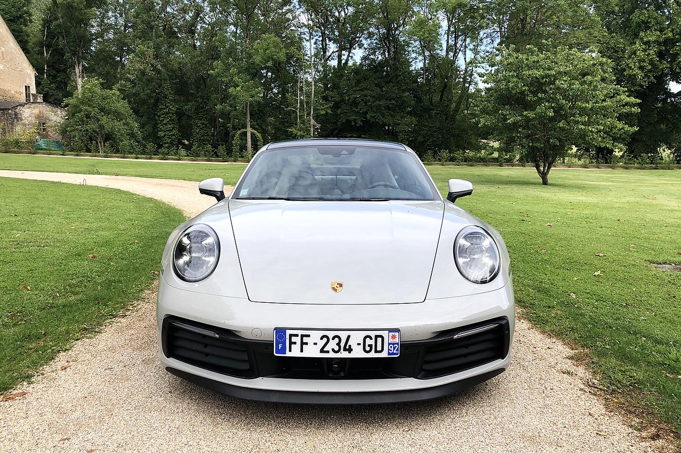 Porsche 911 992s