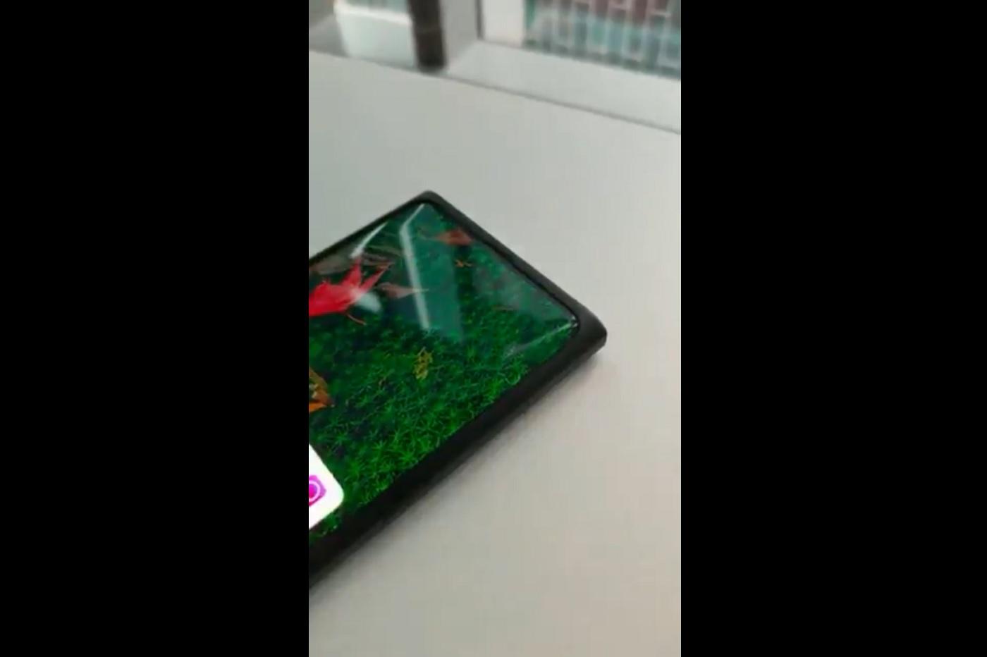 Xiaomi et Oppo font rêver avec un capteur photo avant sous l'écran