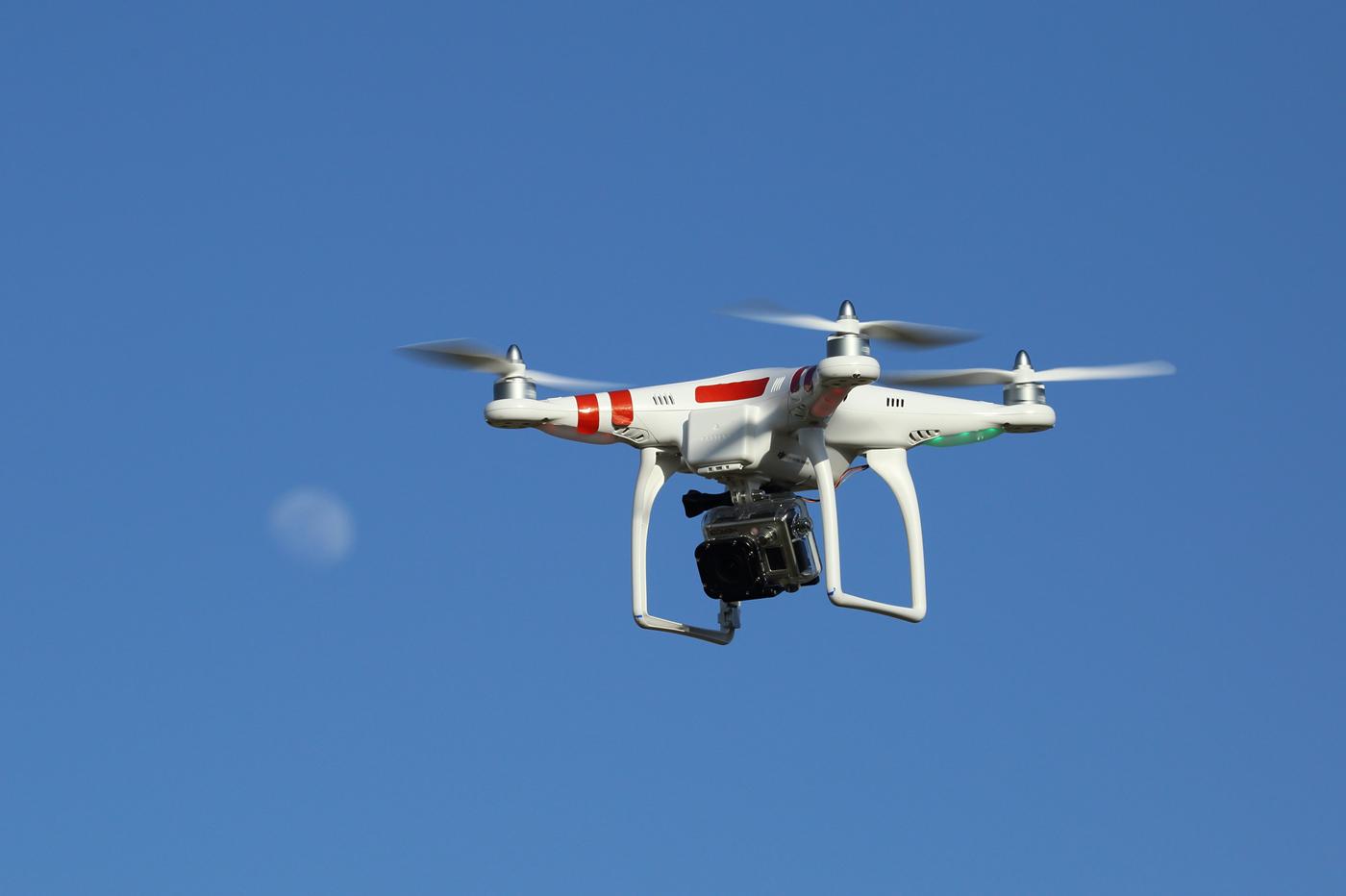 drone DJI Phantom