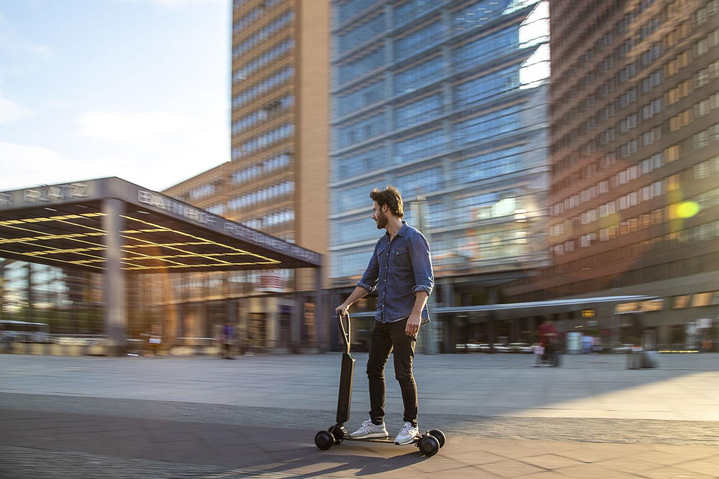 Audi e-tron Scooter, un concept qui mélange skateboard et trottinette électrique