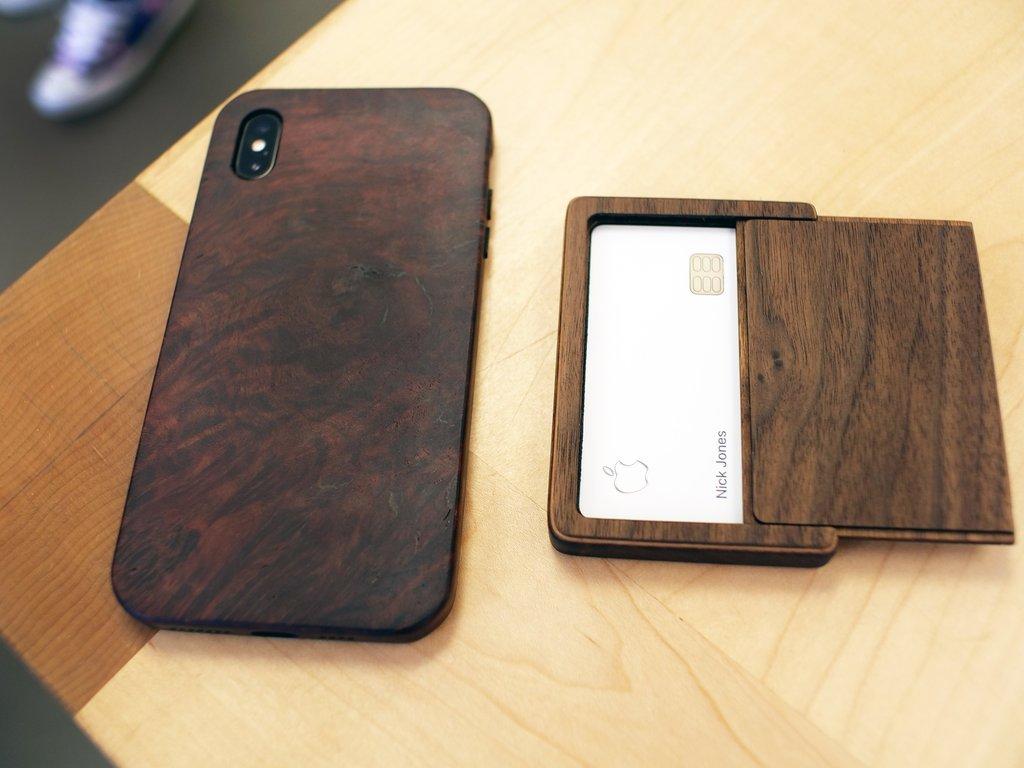 Apple-Card-Case