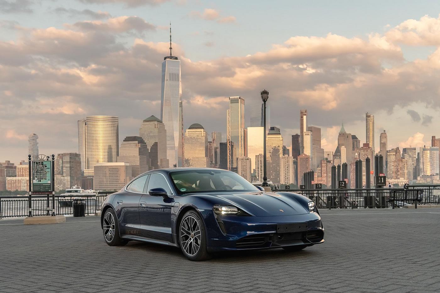 Porsche Taycan Manhattan