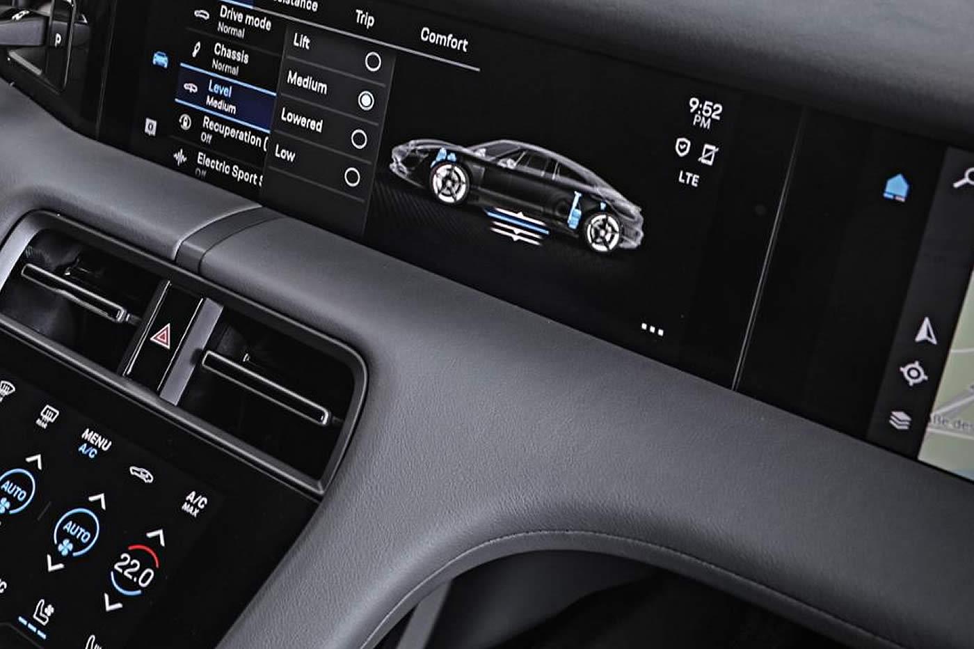La Porsche Taycan bénéficiera aussi de mises à jour à distance et d'un système d'options inédit