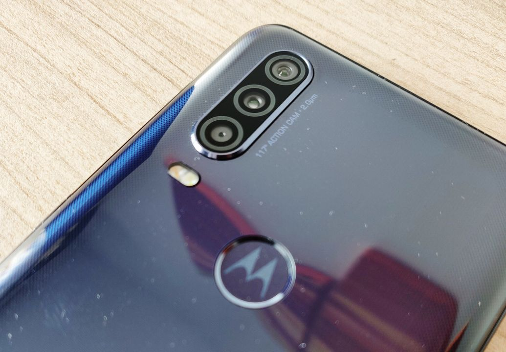 Test Motorola One Action
