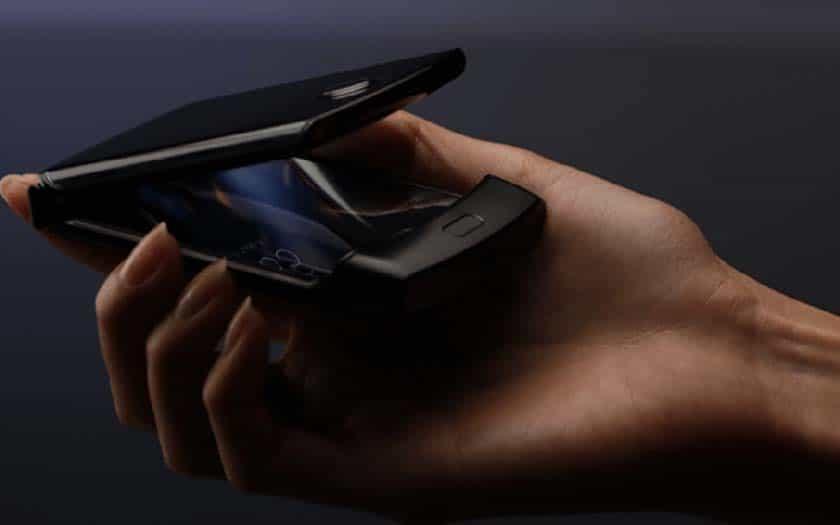 Pliable Razr Motorola