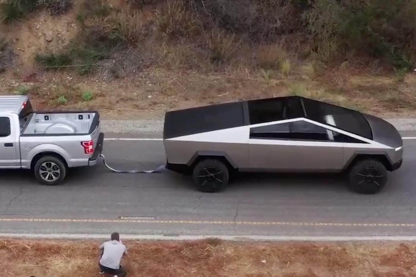 Tesla cybertruck vs ford F150