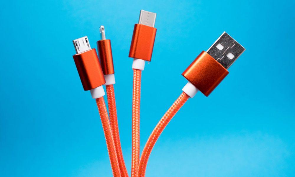 ue port recharge smartphone