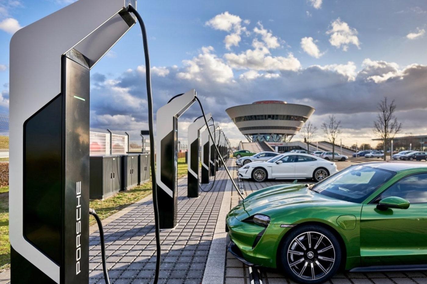 Cette nouvelle station de recharge Porsche est la plus puissante d'Europe