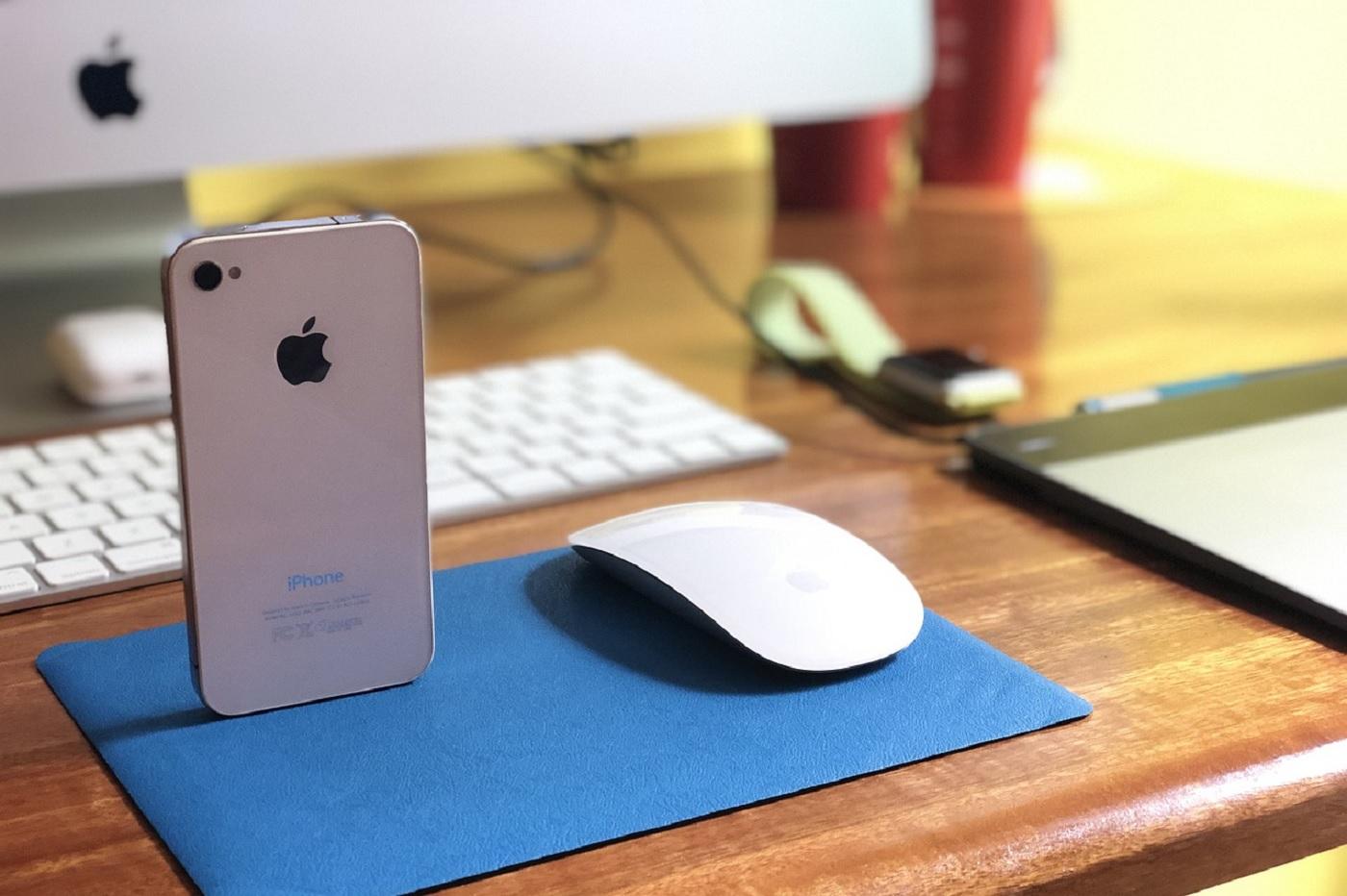 L'iPhone 4 et ses bordures plates