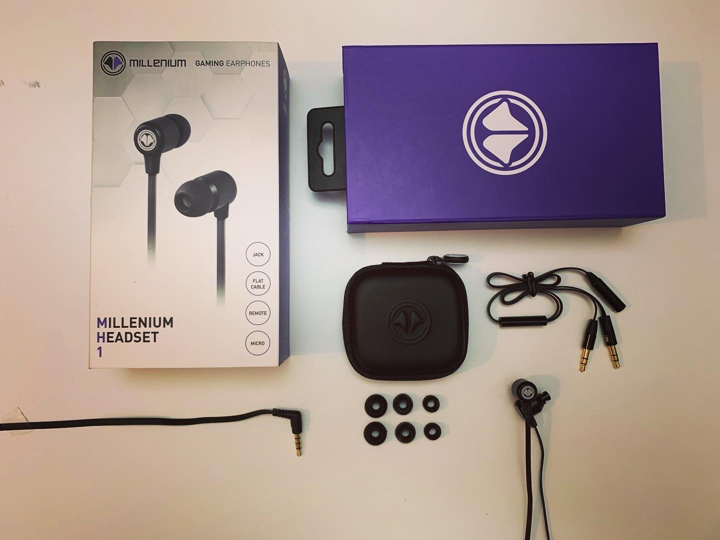 Test Millenium Headset 1 - MH1 - Packaging