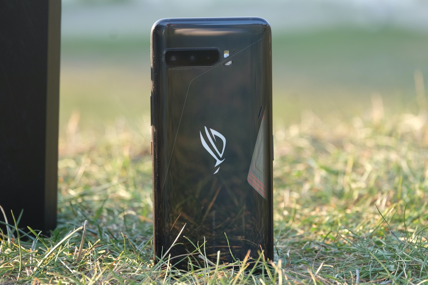 test asus rog phone 3 design