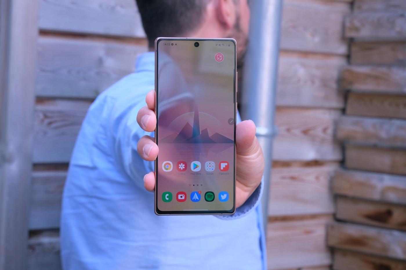 Samsung entre en guerre contre les spams téléphoniques