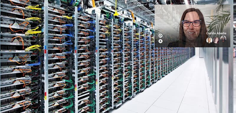 Meet_for_Glass_in_a_datacenter.max-800x800