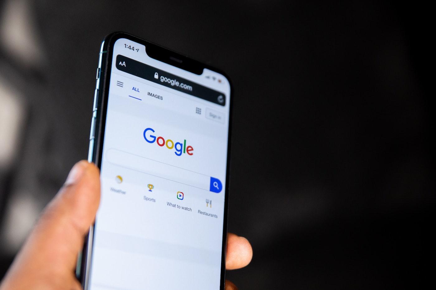 Google en procès pour le maintien illégal de monopoles sur les marchés