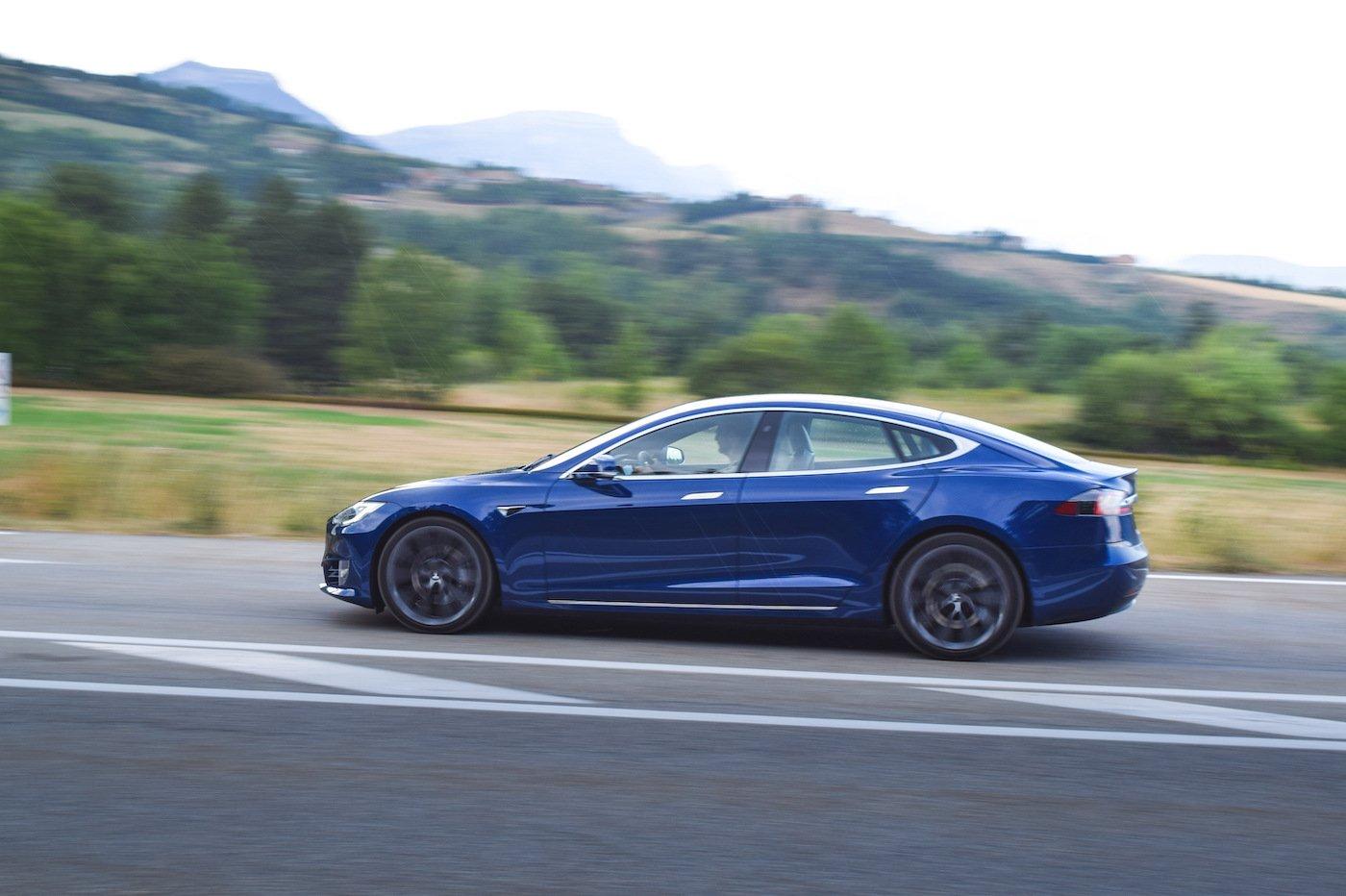 Model S Tesla essai 2020