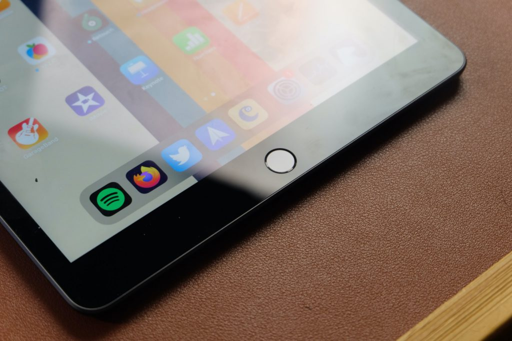 test ipad 8 touch id