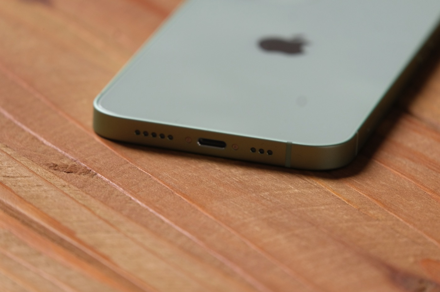 test iphone 12 lightning