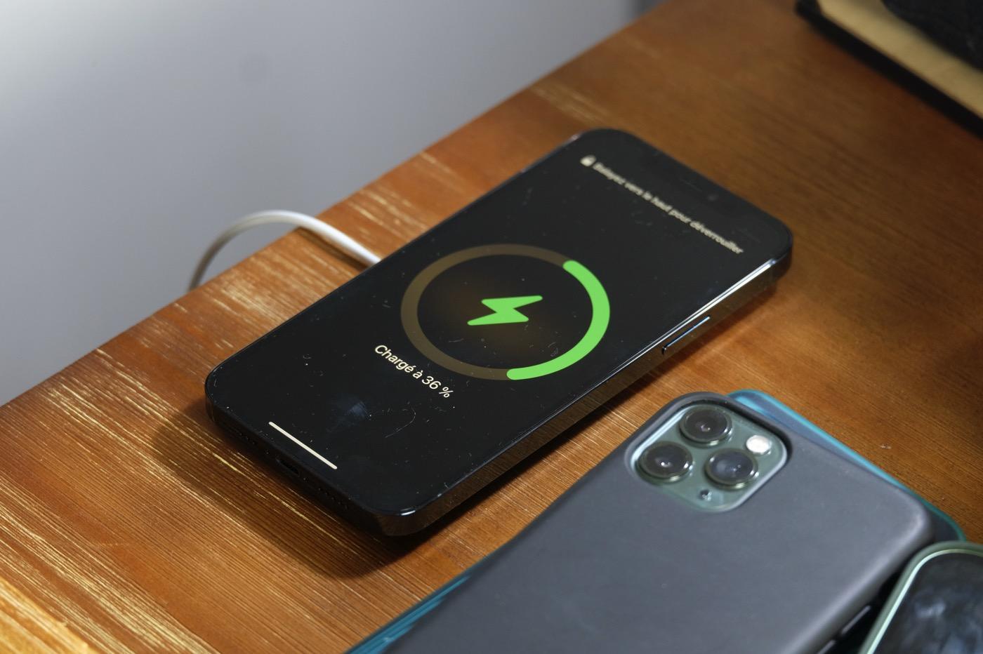 test iphone 12 pro magsafe