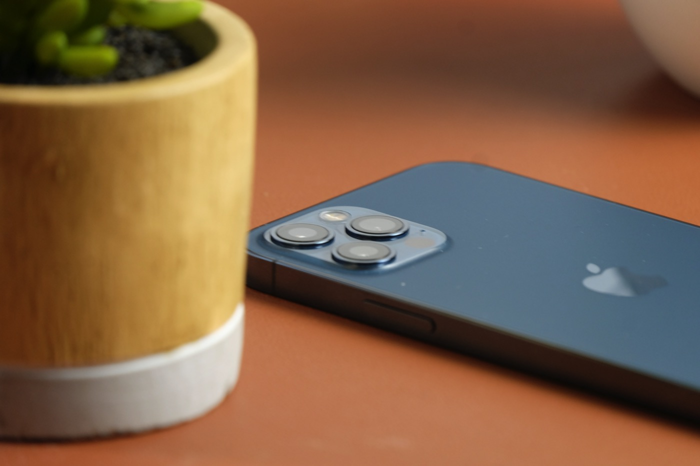 test iphone 12 pro module photo