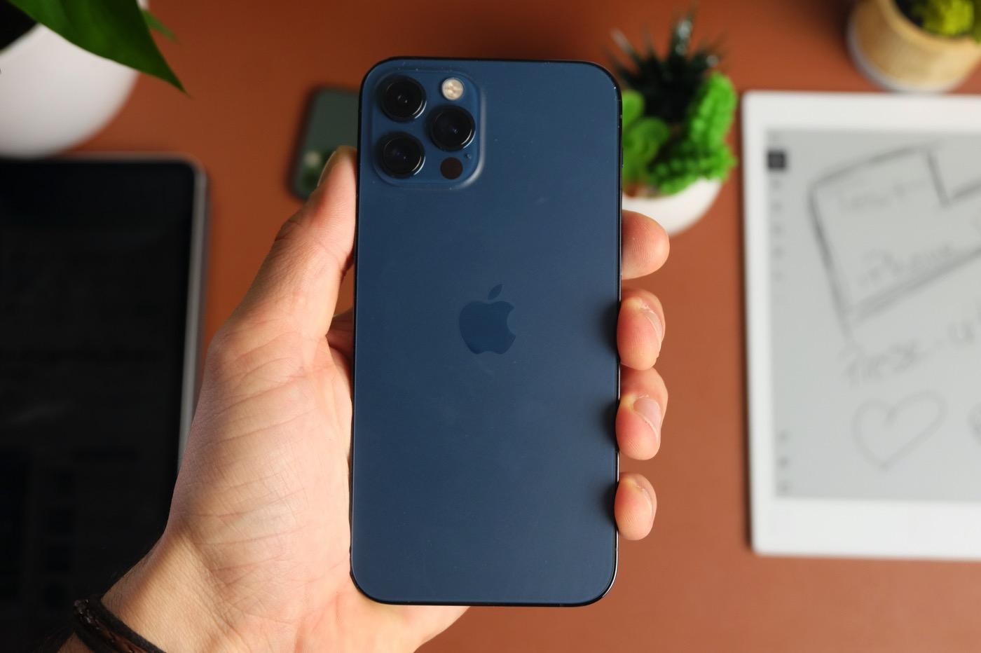 test iphone 12 pro prise en main