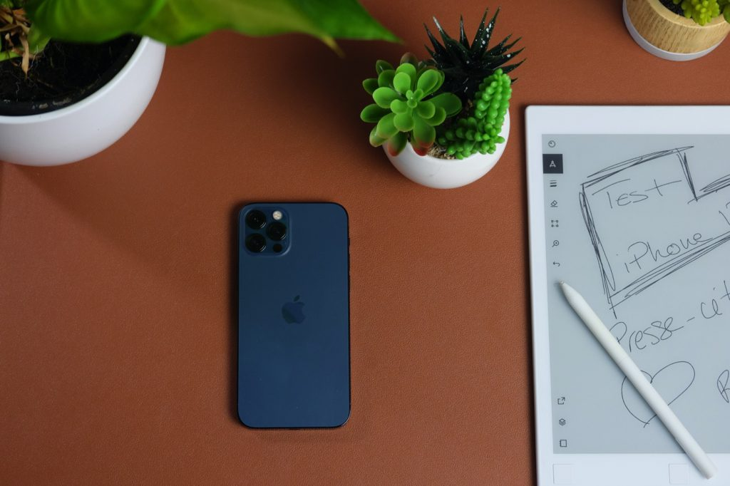 test iphone 12 pro review