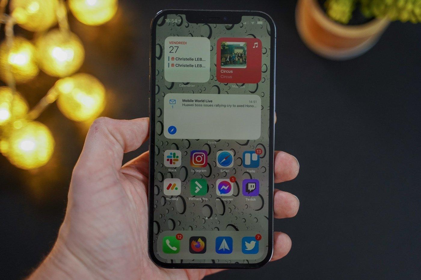 iphone 12 pro max ios