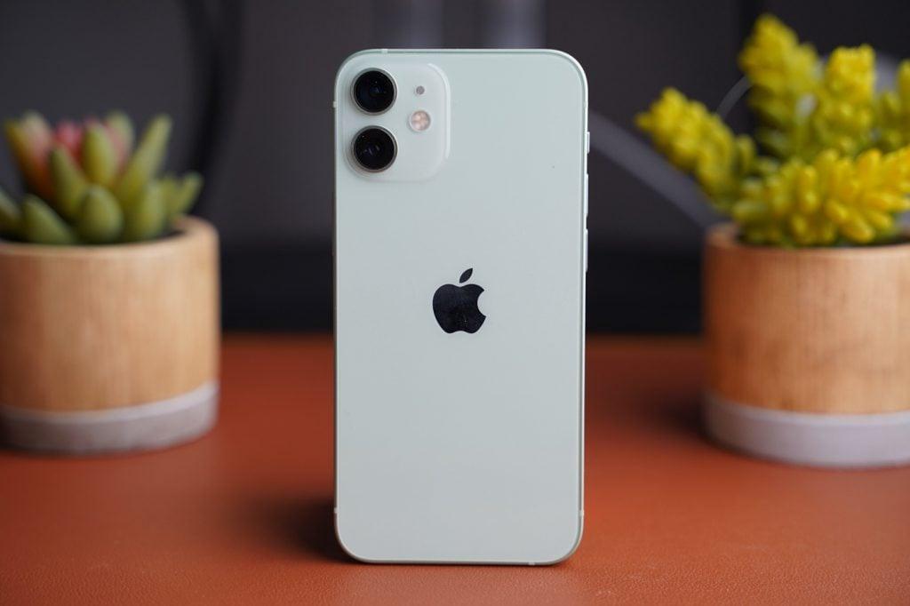 test iphone 12 mini design