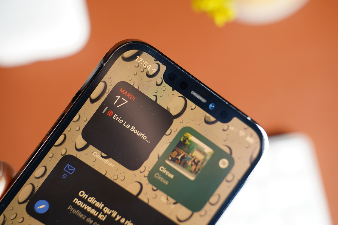 "test iphone 12 pro max capteur frontal - Apple: soon a ""smarter"" battery for iPhones?  - Lemon squeezer"