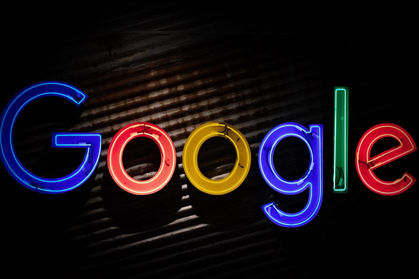 En France, Google n'aura plus le droit d'attribuer des étoiles aux hôtels - Presse-citron