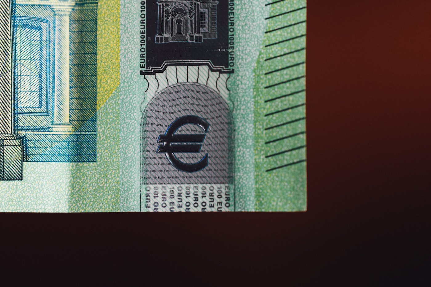 Lugh stablecoin euro