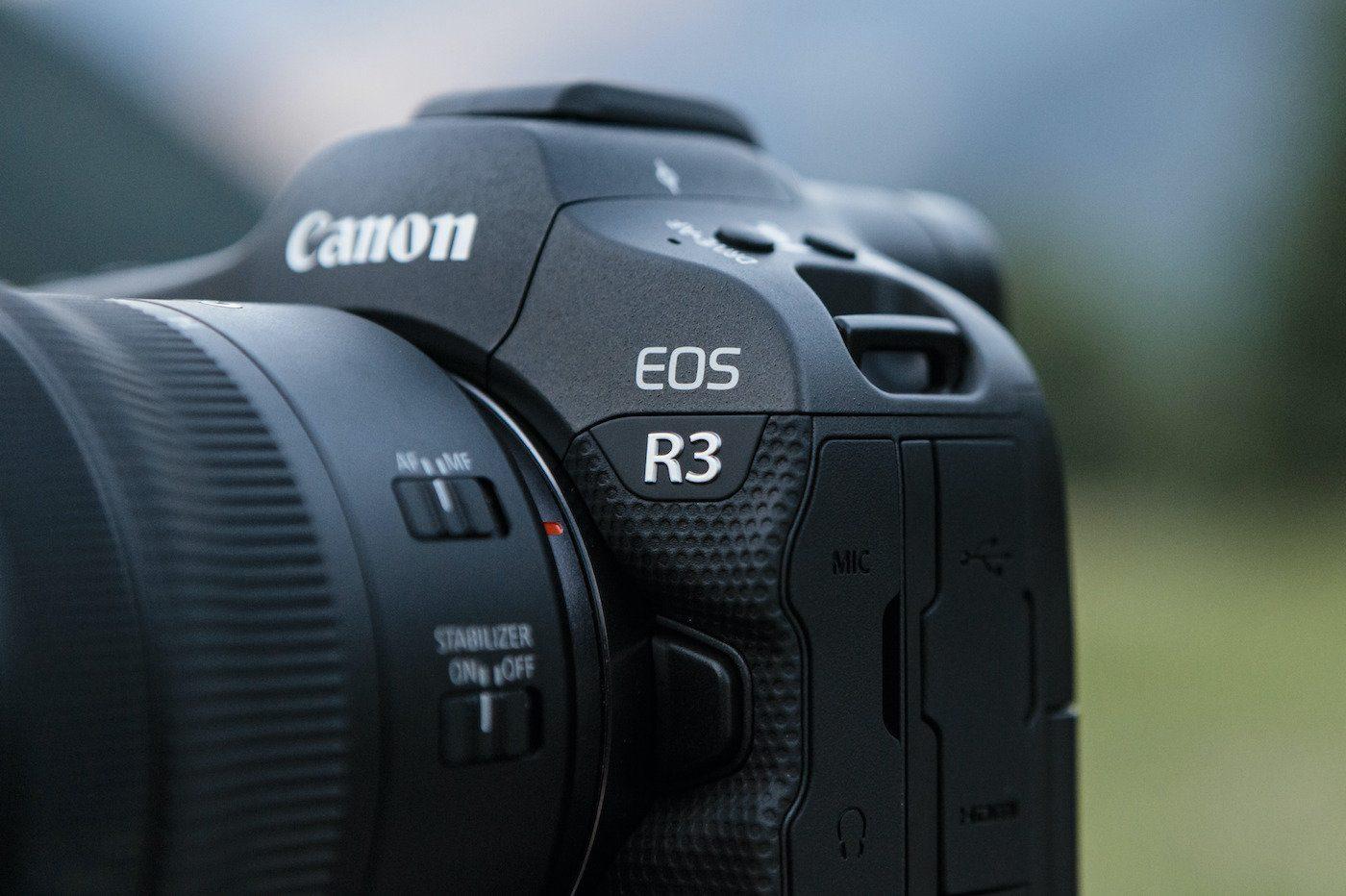 2021 Canon EOS R3