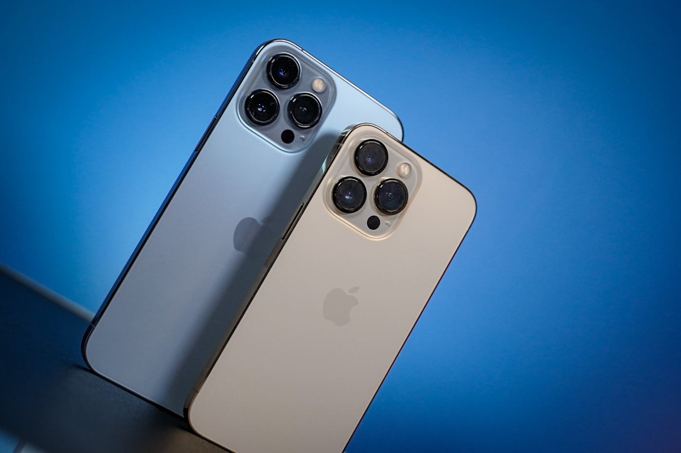 iPhone 13 pro vs pro max design